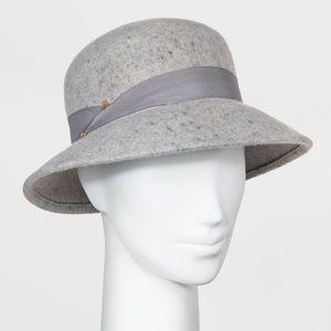 A New Day Felt Cloche Hat Grey w/Ribbon & Bar NEW